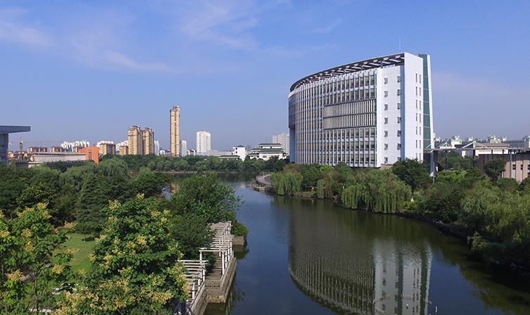 2019年江苏理工学院新生开学报到时间及入学指南注意事项