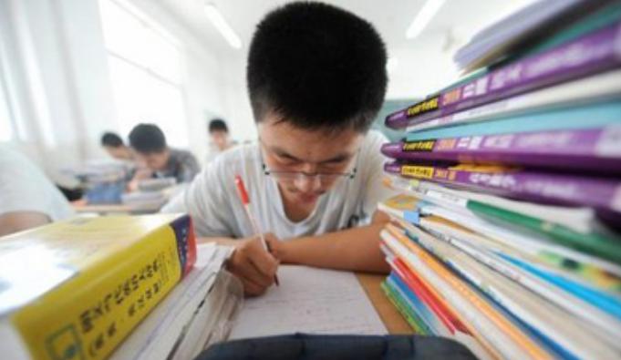 2019年江苏异地高考报名政策外来人口及随迁务工人员报名方案