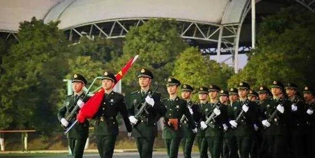 2019年湖南省高校招生军事院校本科计划(男)平行一志愿投档分数线