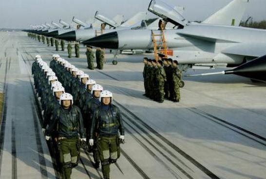 2020年湖南空軍招收高中生男飛行學員工作方案及初選工作安排