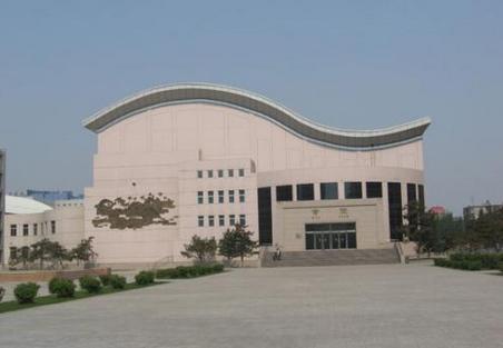 2019年內蒙古科技大學包頭醫學院學費標準,新生各專業學費一年多少錢