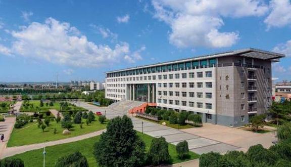 2019赤峰學院有哪些專業,好的重點王牌專業排名