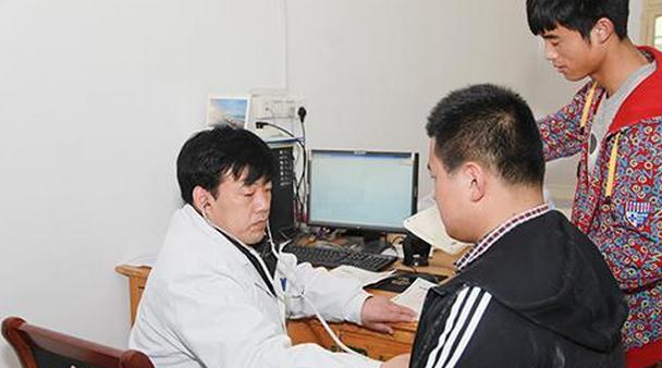 2019年海南高考体检时间体检项目标准是否裸检