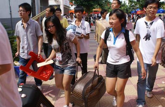 上海高考110分上什么大学_2019年上海高考110分上什么学校