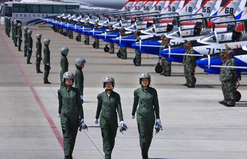 2018年揭秘空軍飛行學員培訓,待遇及停飛安置簡介
