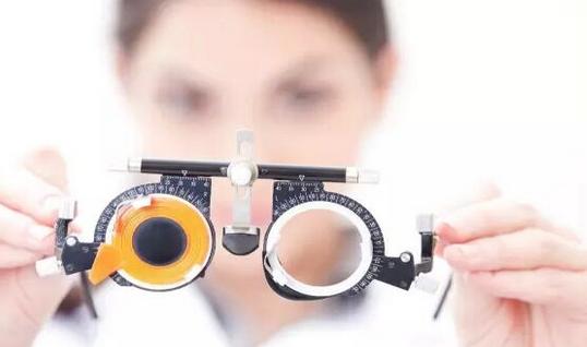 高中生做近視眼手術都有哪些危害
