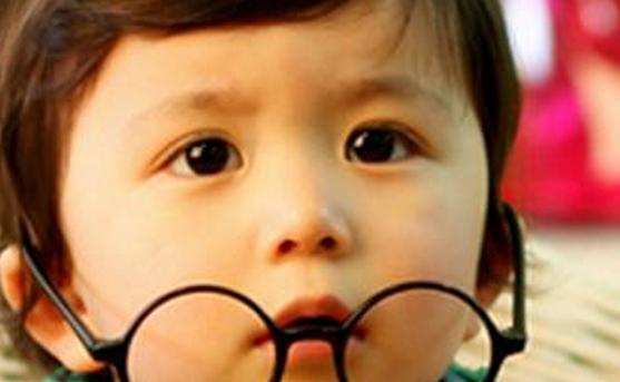 高中眼睛近视200度能矫正吗